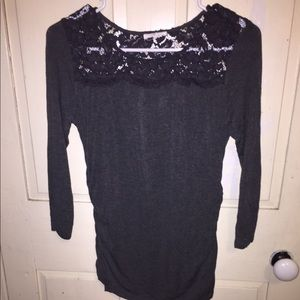 Maurices gray lace top half sleeve
